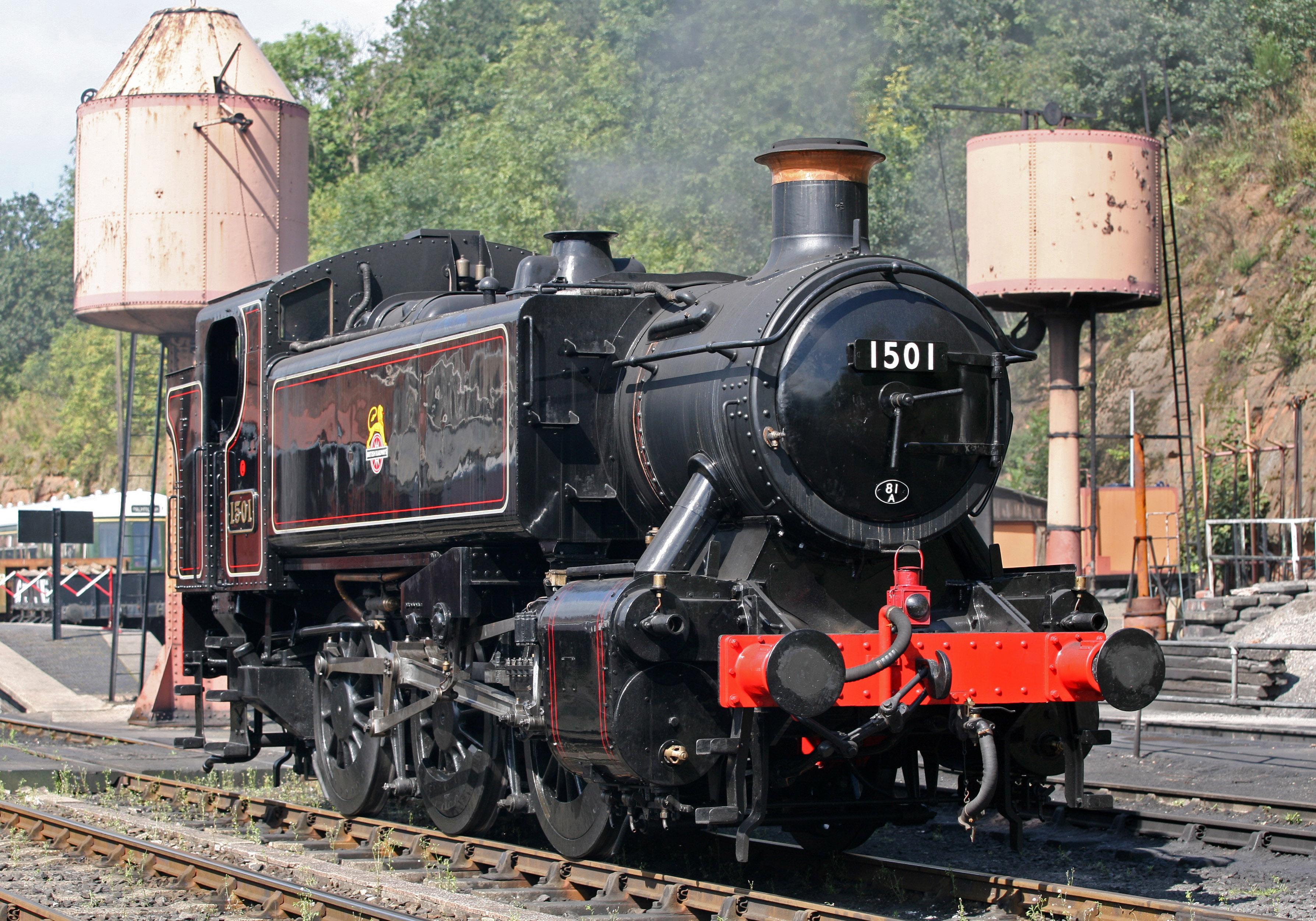 Owned by '1501 Pannier Tank Association' - on hire from Severn Valley  Railway