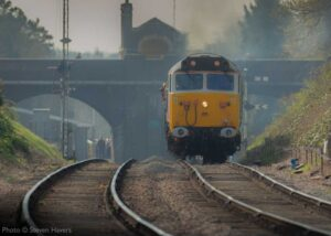 """""""Approach of a 50... Class 50 50017 'Royal Oak' leaves Rothley with a train for Loughborough Central"""". Photo © Steven Havers."""